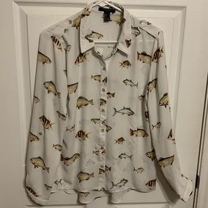Forever 21 Button up blouse. Size L